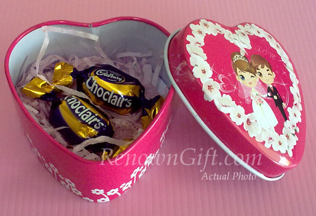 Wedding Tin Box with chocolate candy