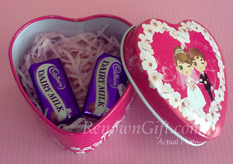 wedding mint tin with chocolate