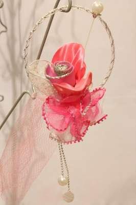 bunga telur pink