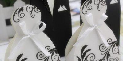 kotak gula bride and groom