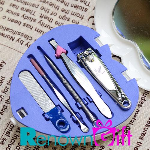 Fikirkan set manicure sesuatu yang berguna untuk tetamu for Idea door gift perkahwinan