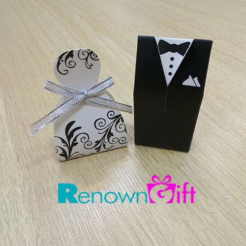 bride and groom wedding box